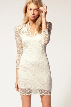 Гипюровое платье с V-образным вырезом ASOS со скидкой